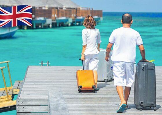 Turistii cu bagaje in Pacificul de Sud